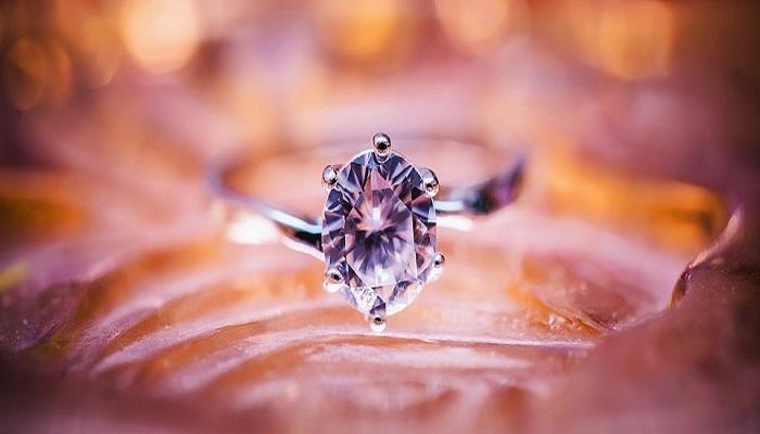 Identificar un diamante falso es muy fácil ¡Descúbrelo!